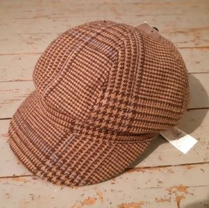 Van's hat
